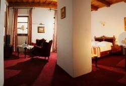 HOTELOVY NABYTOK (2)