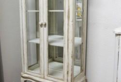 BMN, Vitrína 002, rozmer 121x70x30, cena 230eur
