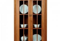 BS 002 Presklenná vitrína servírovacia, rozmer 108x202x42, cena 650eur