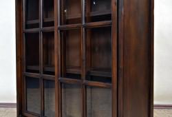 KN 001, Presklenná vitrína, rozmer 102x99x32, cena 330eur