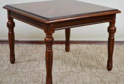 Konferenčný stôl 013, rozmer 70x70x52, cena 200eur