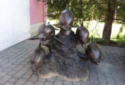 nabytok sochy fontany bronz 110x130x130-4200 EUR