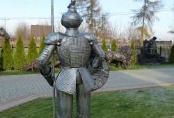 nabytok sochy fontany bronz 230(214)x80cm---950 EUR