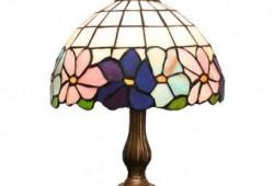 VITRAZNA LAMPA-- (12)-33x20x20--65 EUR--SKLADOM